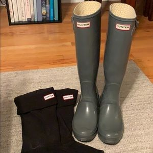 Hunter Rainboots and Liners
